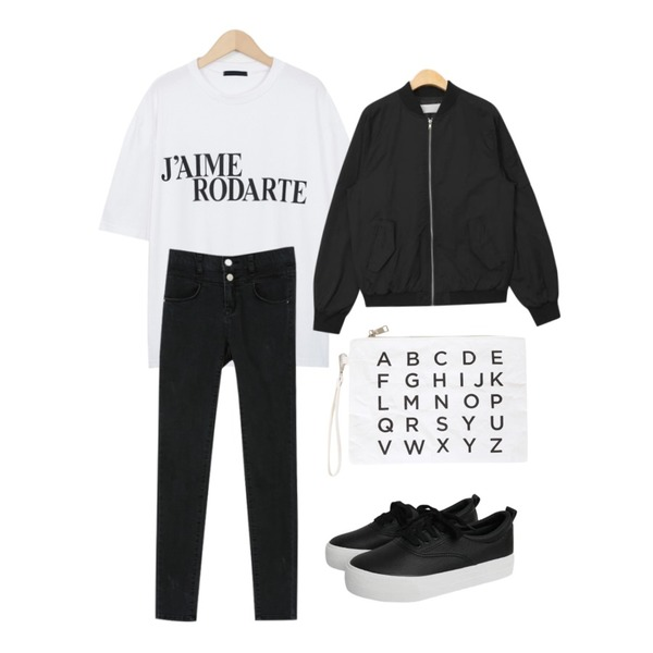 From Beginning Calm mind lettering T_M (size : free),PSYCHOSHOP 베이직 투버튼 슬림핏팬츠(2colors),AIN casual fit bomber jumper (2 colors)등을 매치한 코디