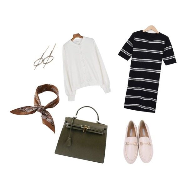 myblin 메탈 장식 플랫슈즈 (6color),From Beginning Floor stripe knit ops_H (size : free),daily monday Daily bagel cardigan등을 매치한 코디