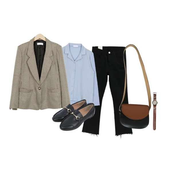 NEW NEED NOW 심플 부츠컷 팬츠(3color),From Beginning Vintage check blazer_M (size : free),biznshoe Button collar tee (7color)등을 매치한 코디