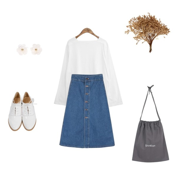 From Beginning Campus enamel oxford loafer_K(size : 225,230,235,240,245,250),common unique [TOP] SQUARE NECK WIDE SLEEVE T,daily monday A-line button long denim skirt등을 매치한 코디