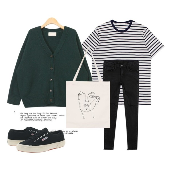 Untitled,AIN lovely angora boxy cardigan (4 colors),biznshoe Stripe cotton tee (2color)등을 매치한 코디