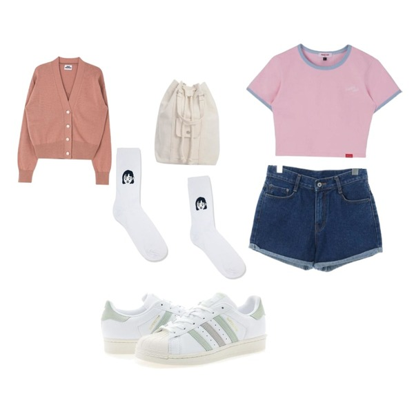 From Beginning Niko cotton back pack_H (size : one),MIXXMIX Heart Ringer Crop Top,ROCOSIX dio short pants등을 매치한 코디