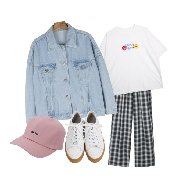 daily monday Unisex check banding pants,daily monday Casual light denim jacket,GIRLS RULE 칩스 반팔티 (t2898)등을 매치한 코디