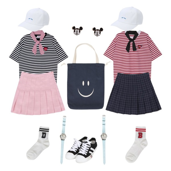 IM3 미나 테니스스커트,MIXXMIX Heart Stripe Flower Top,MIXXMIX Heart Stripe Flower Top등을 매치한 코디
