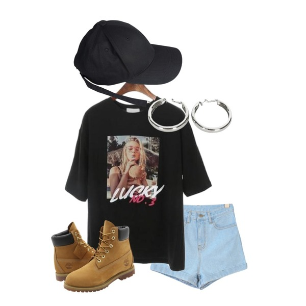 GIRLS RULE 오버 데님 숏츠 (pt692),ROCOSIX luckyy tee,biznshoe Bold circle earring (2color)등을 매치한 코디