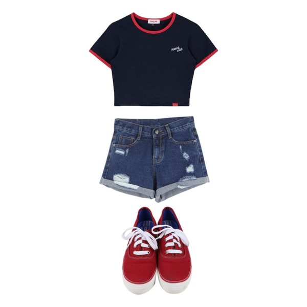 daily monday All day basic sneakers,BANHALA 체다치즈 팬츠,MIXXMIX Heart Ringer Crop Top등을 매치한 코디