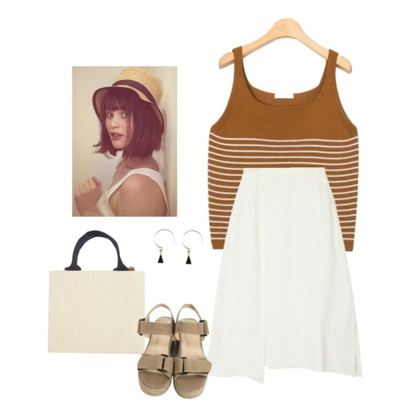 From Beginning Wood square picnic bag_H (size : one),AIN sand stripe sleeveless (3 colors),AIN unblance slit detail skirt (2 colors)등을 매치한 코디