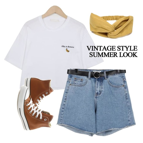 AIN simple twist hair band (3 colors),From Beginning Active belt denim shorts_S (size : S,M),From Beginning Banana crop T_H (size : free)등을 매치한 코디