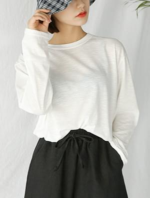 thin loose fit tee