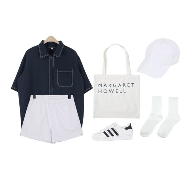 From Beginning Howell lettering eco bag_Y (size : one),myblin 잔잔한 골지 양말 (6컬러),LOOK CHIC make stitch nb (4 color)등을 매치한 코디