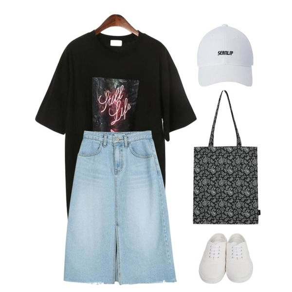 From Beginning Cotton sneakers mule_S (size : 225,230,235,240,245,250),LOOK CHIC vintage midi skirts,ROCOSIX neon printing t-shirts등을 매치한 코디