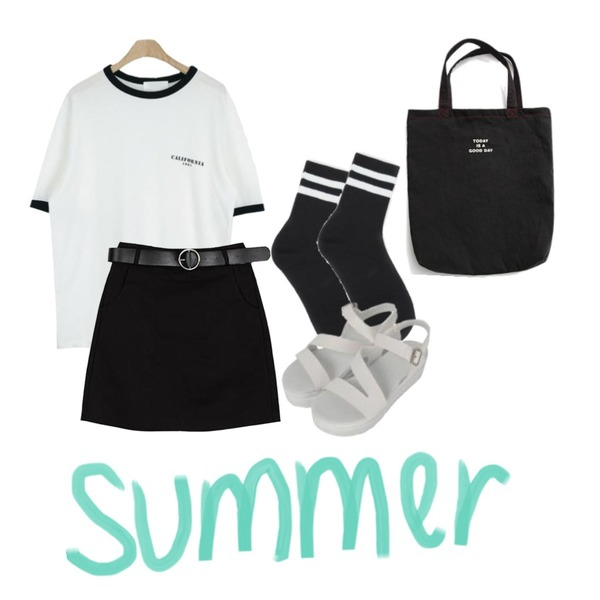 AIN 2 line sporty socks (4 colors),BANHALA [신아 PICK] 히트 스커트,LOOK CHIC california tee (5 color)등을 매치한 코디