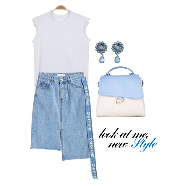 HATISS MEMORIAL TOTE BLUEBEIGE BAG,TWEE One of kind denim skirt,myblin 물결 반목 캡 나시 티 (4color)등을 매치한 코디