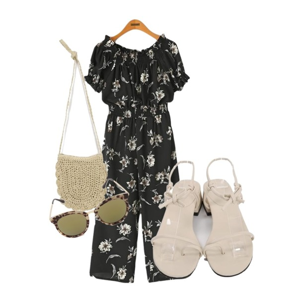 From Beginning Hitch rope sandal_H (size : 225,230,235,240,245),From Beginning Charming straw mini bag_S (size : one),Reine 니엔 오프숄더 점프수트등을 매치한 코디