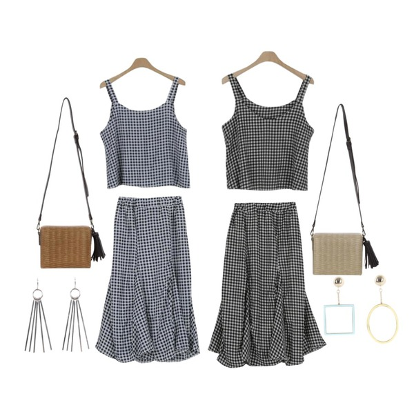 LOOK CHIC summer check two piece (2 color),LOOK CHIC summer check two piece (2 color),LOOK CHIC summer check two piece (2 color)등을 매치한 코디