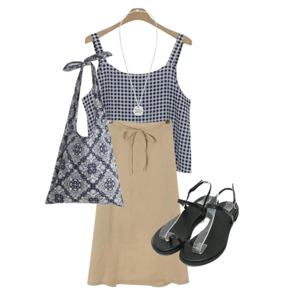 ROCOSIX strap ribbon skirt,LOOK CHIC summer check two piece (2 color),daily monday Toe strap summer sandals등을 매치한 코디