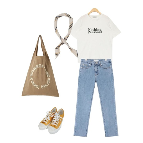 Zemma World Excel-스니커즈[size:225~250 / 4color],AIN joy straight fit denim pants (s, m),AIN nothing personal daily T등을 매치한 코디
