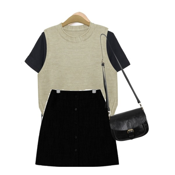 TODAY ME [knit]에그린 니트 조끼,AIN girlish front button skirt,From Beginning Day-by-day half T_S (size : free)등을 매치한 코디