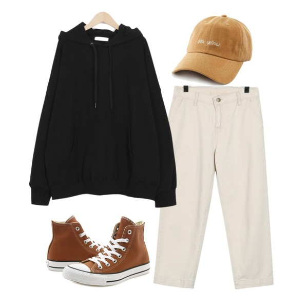 Player 컨버스 척테일러 하이 오번 (CONVERSE CT HI AUBURN),From Beginning Benefit cotton pants_S (size : S,M),From Beginning Hands boxy hood_H (size : free)등을 매치한 코디