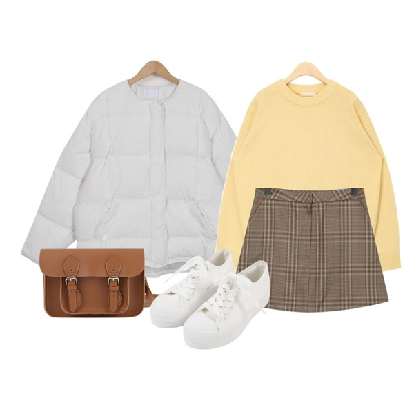 From Beginning Glen check mini skirt_K (size : S,M),From Beginning Collarless short padding jumper_M (size : free),AIN pastel color round wool knit등을 매치한 코디