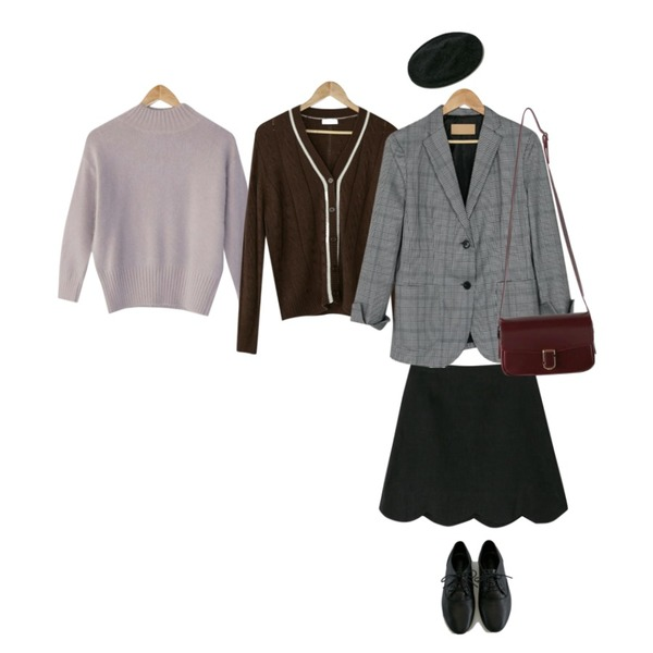 BANHARU twist school cardigan,BANHARU [real lether] soft cowhide loafer,BANHARU basic half neck angora knit등을 매치한 코디