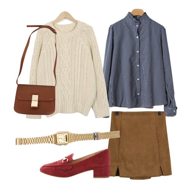From Beginning Gram round wool knit_S (size : free),From Beginning Suede mini slit skirt_S (size : free),OBBANG STYLE 인블룸프릴블라우스등을 매치한 코디