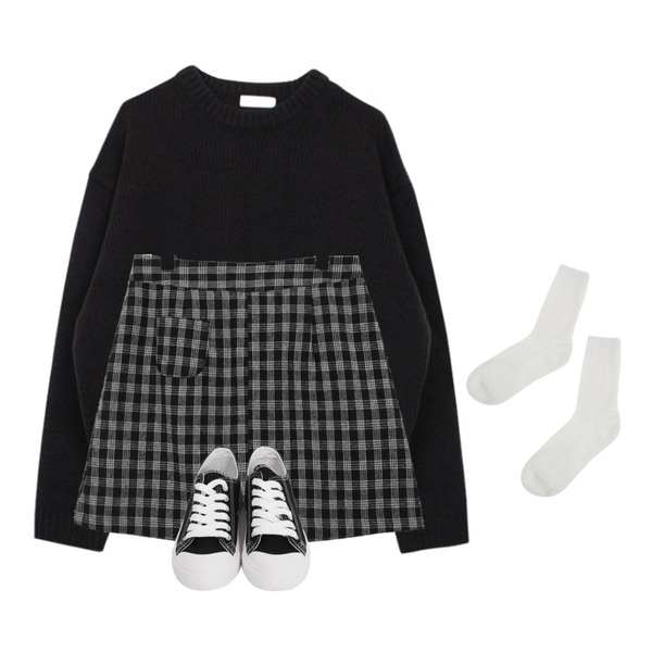 From Beginning Purcell cotton sneakers_M (size : 230,235,240,245,250),common unique [SKIRT] SOFT CREAM CHECK MINI SKIRT,biznshoe Bold boxy knit (2color)등을 매치한 코디