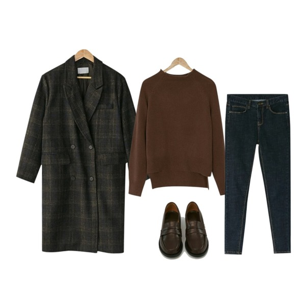 BANHARU dark blue skinny jean,BANHARU normal half neck knit,BANHARU classic mood long check coat등을 매치한 코디