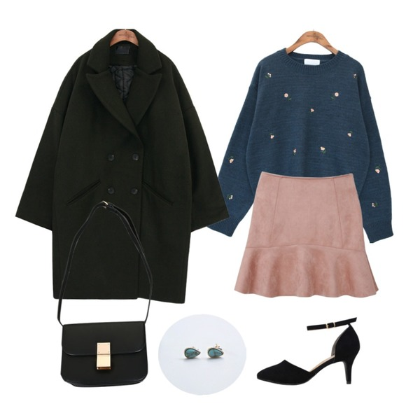 common unique [OUTER] OVER FIT WOOL COAT,common unique [TOP] FLOWER ROUND NECK KNIT,myblin 스웨이드 러플 스커트 (5color)등을 매치한 코디