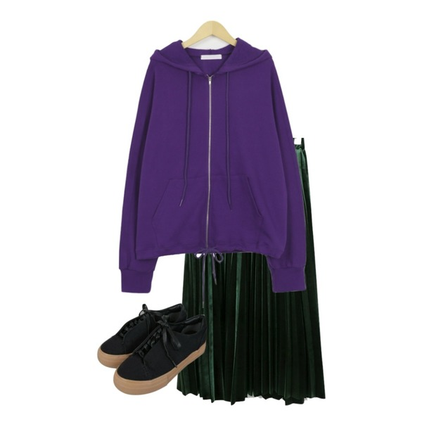 Zemma World (ZEM.made) Canvas-플랫폼[size:230~250 / 2color],From Beginning Bow string hood zip-up_H (size : free),daily monday Velvet comfortable pleats skirt등을 매치한 코디