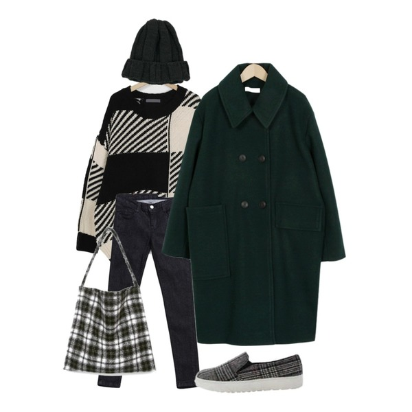 BANHALA 골반핏 살빠졌진 (770)_,From Beginning Two-tone chess knit_H (size : free),From Beginning Dia collar double coat_K (size : free)등을 매치한 코디