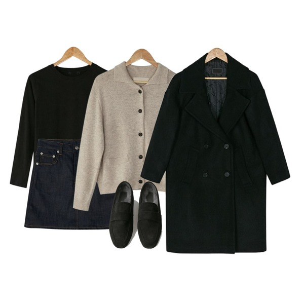BANHARU honey round tee,BANHARU collar neck lambs wool cardigan,BANHARU deep blue A-line skirt등을 매치한 코디