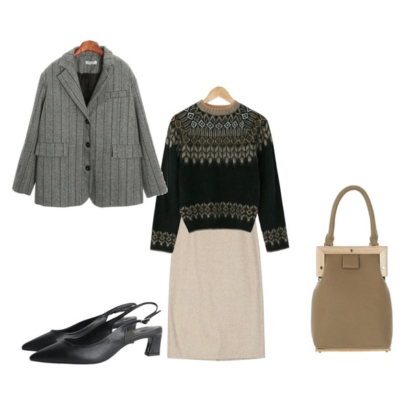UPTOWN HOLIC 페라딘 bag (*3color),AIN mood H-line wool skirt (s, m),BANHARU nordic mood knit등을 매치한 코디