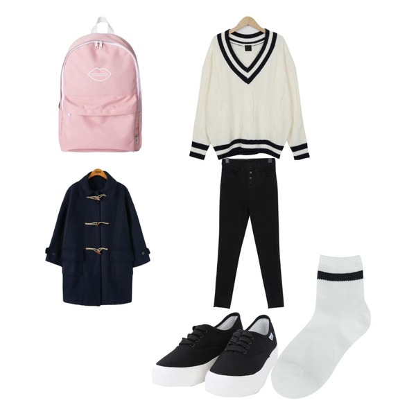 Reine 데니 베이직 더플 코트,From Beginning School lambswool knit_B (size : free),From Beginning Nappy button-up skinny_B (size : 25,26,27,28,29)등을 매치한 코디