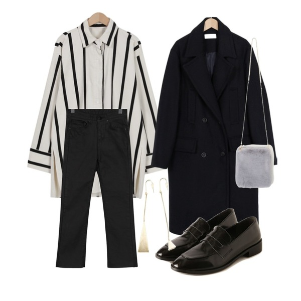 From Beginning Double pocket wool coat_K (size : free),From Beginning Over stripe corduroy shirts_H (size : free),From Beginning Coating boots-cut pants_H (size : S,M,L)등을 매치한 코디