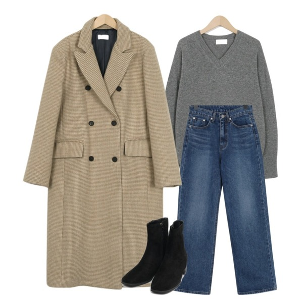 From Beginning High-end check double coat_S (size : free),From Beginning Lambswool basic knit_M (size : free),From Beginning Long wide denim pants_B (size : S,M,L)등을 매치한 코디