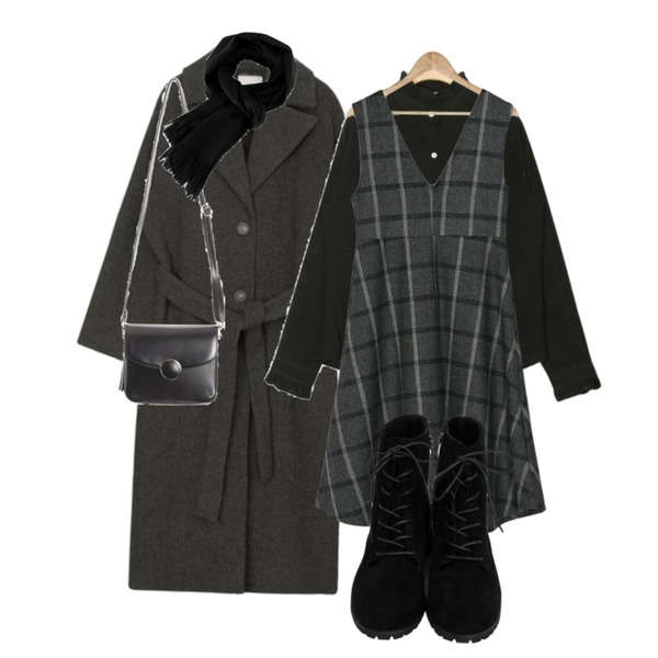 AIN choice wool strap wool coat,AIN cosmos frill blouse,BANHARU v-neck check flare long ops등을 매치한 코디