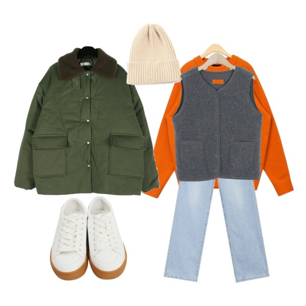 AIN holy lambswool round knit,daily monday Everyday comfort padding coat,AIN lengthy wide denim pants (s, m)등을 매치한 코디