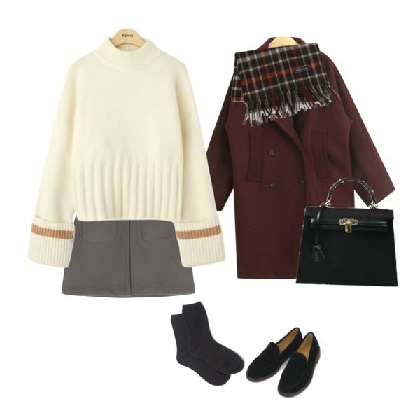 TODAY ME [coat]베릭 코트(나그랑 울70% 더블버튼 코트),daily monday Wool pocket mini skirt,AIN round front loafer (225-250)등을 매치한 코디