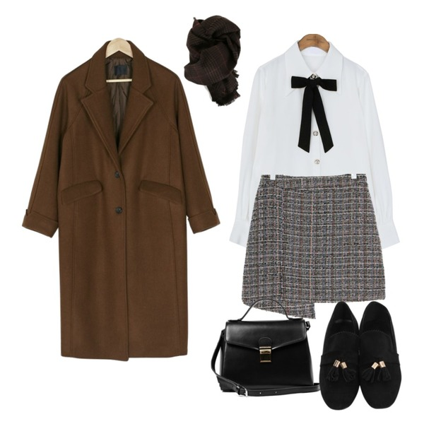 UPTOWN HOLIC 트윌애거 sk (*2color),common unique [TOP] JEWELRY BUTTON TIE CHIFFON BLOUSE,BANHARU roll-up sleeve long coat등을 매치한 코디