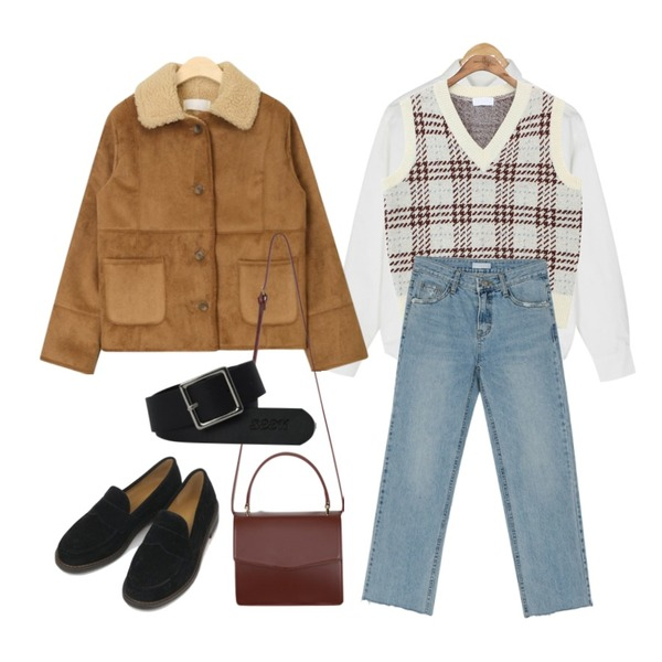 BANHARU batwing sleeve normal shirts,BANHARU light blue cutting jean,common unique [OUTER] MIX CHECK WOOL KNIT VEST등을 매치한 코디