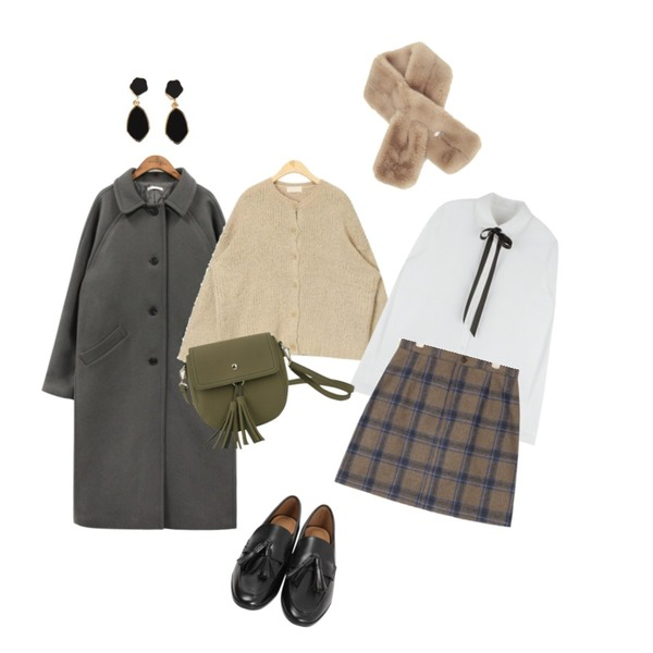 From Beginning Rubber tassel loafer_M (size : 225,230,235,240,245,250),common unique [OUTER] WOOL 80% SINGLE COAT,AIN charming fur muffler등을 매치한 코디