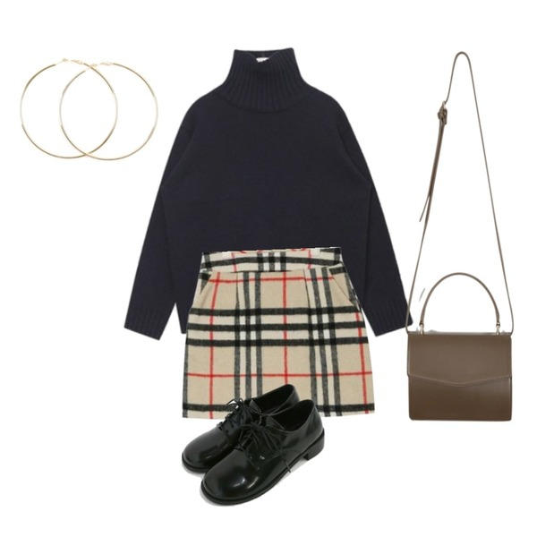 AIN winter big check mini skirt (s, m),AIN FRESH A lambswool turtle neck knit,From Beginning Most mini tote bag_K (size : one)등을 매치한 코디