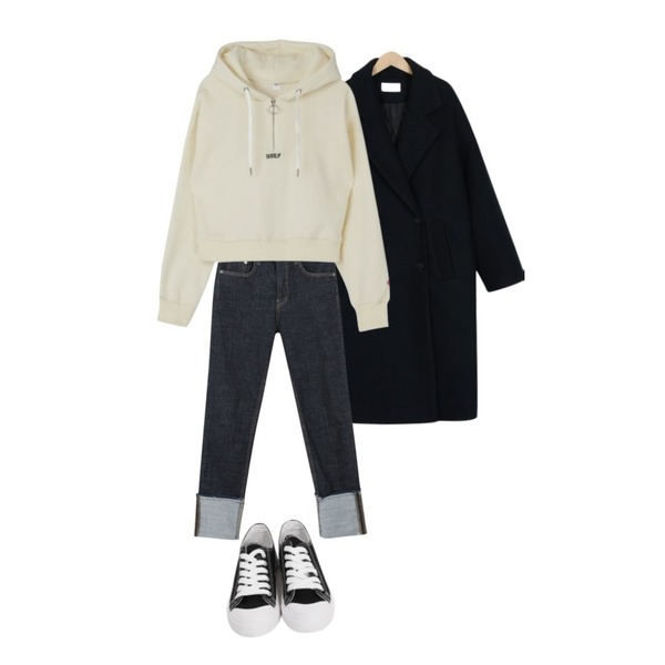 From Beginning Purcell cotton sneakers_M (size : 230,235,240,245,250),myblin 슬림 일자핏 롤업 청바지,From Beginning London boxy long coat_S (size : free)등을 매치한 코디