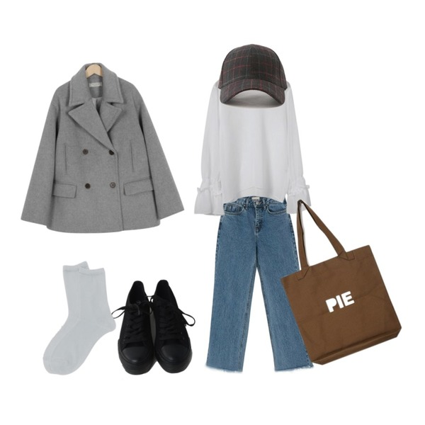From Beginning Made_outer-108_double pea coat_B (size : free),BANHARU napping straight denim pants,OBBANG STYLE 벨로즈 셔링 블라우스등을 매치한 코디