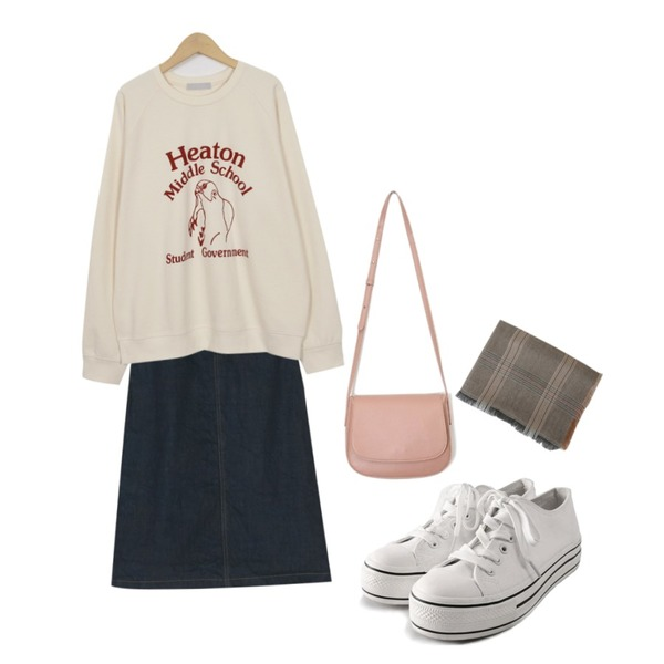 ROCOSIX daily platform sneakers,From Beginning Heaton school mtm_H (size : free),BANHARU plain A-line long skirt등을 매치한 코디