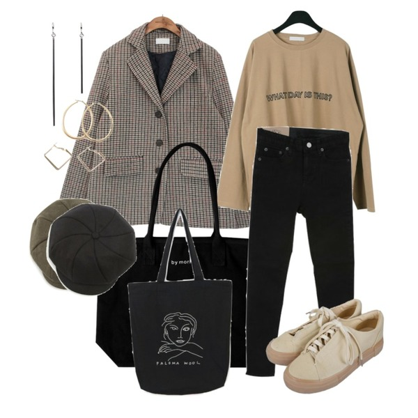 ROCOSIX draw tetragon earring,daily monday English needlepoint tee,common unique [OUTER] CLASSIC HOUND CHECK WOOL JACKET등을 매치한 코디
