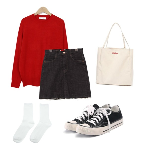 common unique [SKIRT] INDIO CUTTING DENIM SKIRT,ROCOSIX simple coton sneakers,From Beginning Gelato spring round knit_B (size : free)등을 매치한 코디