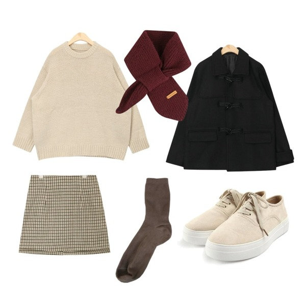 AIN compact round knit,AIN various check skirt (s, m),ROCOSIX casual sided sneakers등을 매치한 코디
