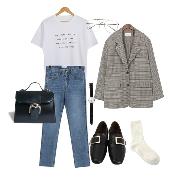 common unique [OUTER] 2 TYPE BOXY FIT JACKET,AWAB 플레이위드라운드티,From Beginning Washing slim denim pants_B (size : S,M,L)등을 매치한 코디